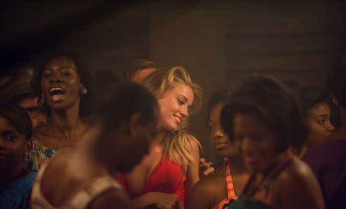 -The-Rum-Diary-New-Stills-amber-heard-28112156-1280-852